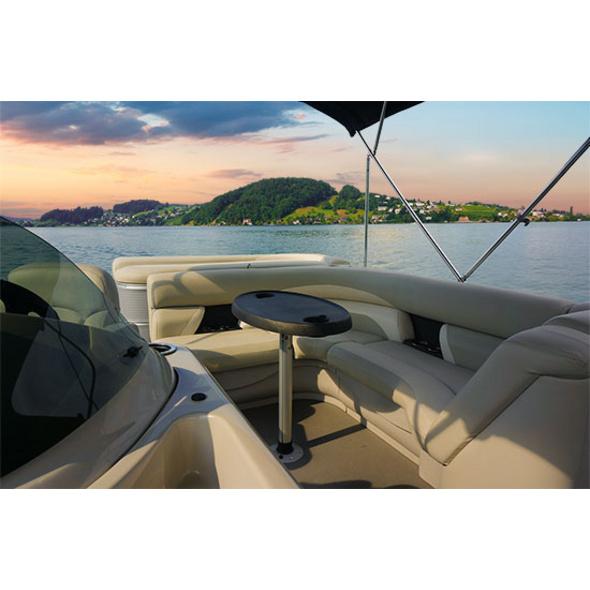 Afterwork-Fahrt mit dem Boot auf dem Vierwaldstaettersee