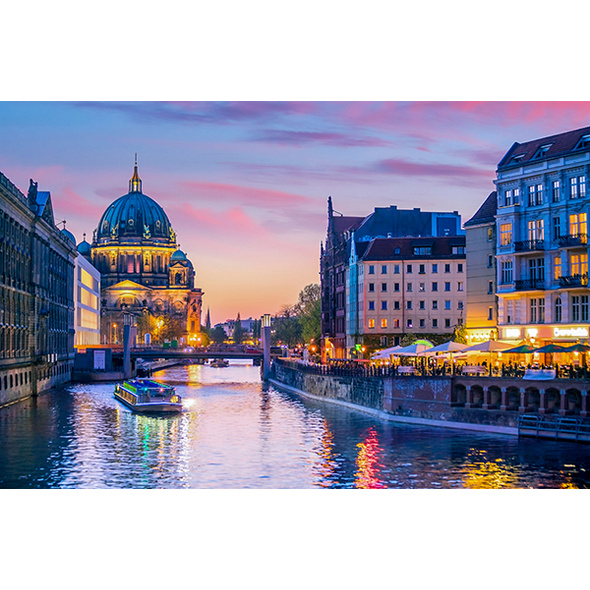 Dinner & Abendliche Schifffahrt Berlin für 2